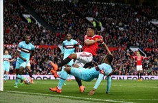 Martial's late equaliser saves Man United after Payet stunner