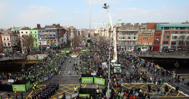 LIVEBLOG: Hundreds of thousands turn out to celebrate St Patrick's Day