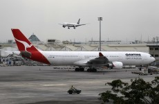 Australian government intervenes in Qantas flight chaos