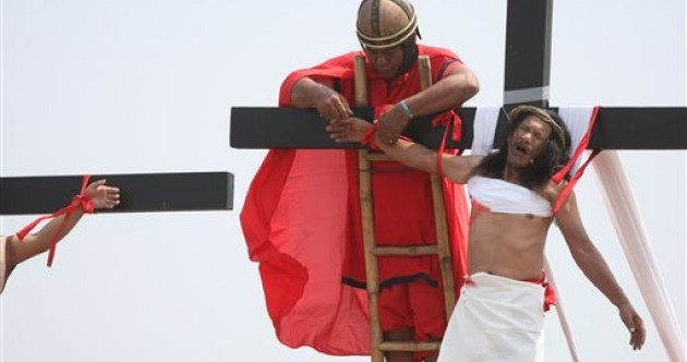 Man crucified with real nails in the Philippines in annual ceremony