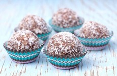 Chocolate protein balls and paleo bars - Easter treat recipes for the fitness fanatics