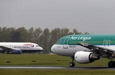 Dozens of flight delays as bad weather kicks in