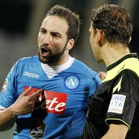 Gonzalo Higuain faces lengthy ban after losing the plot with referee