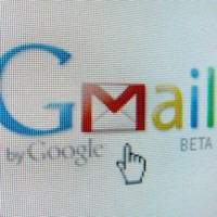 Gmail withdraws app from Apple store - just hours after launching