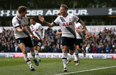 Spurs stun Man United with second-half blitz to keep title race alive