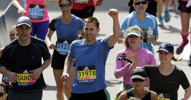 Pics: Boston bombing survivor completes marathon with prosthetic blade