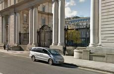 Security alert at Dáil Éireann as man blocks main entrance to government buildings