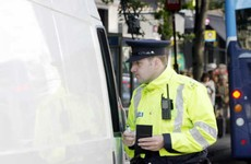Gardaí crackdown on drivers using mobile phones