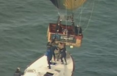 Passengers jump from hot air balloon onto boats in dramatic Melbourne rescue