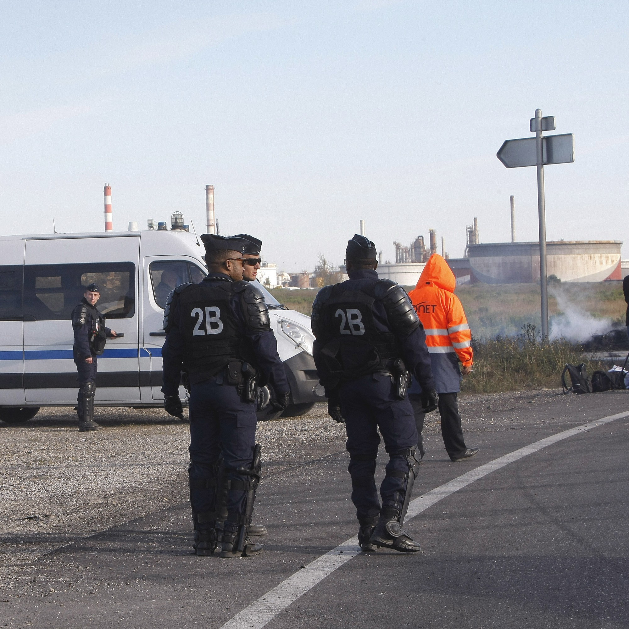 """Riot police """"liberate"""" fuel depot after days of protests in France"""