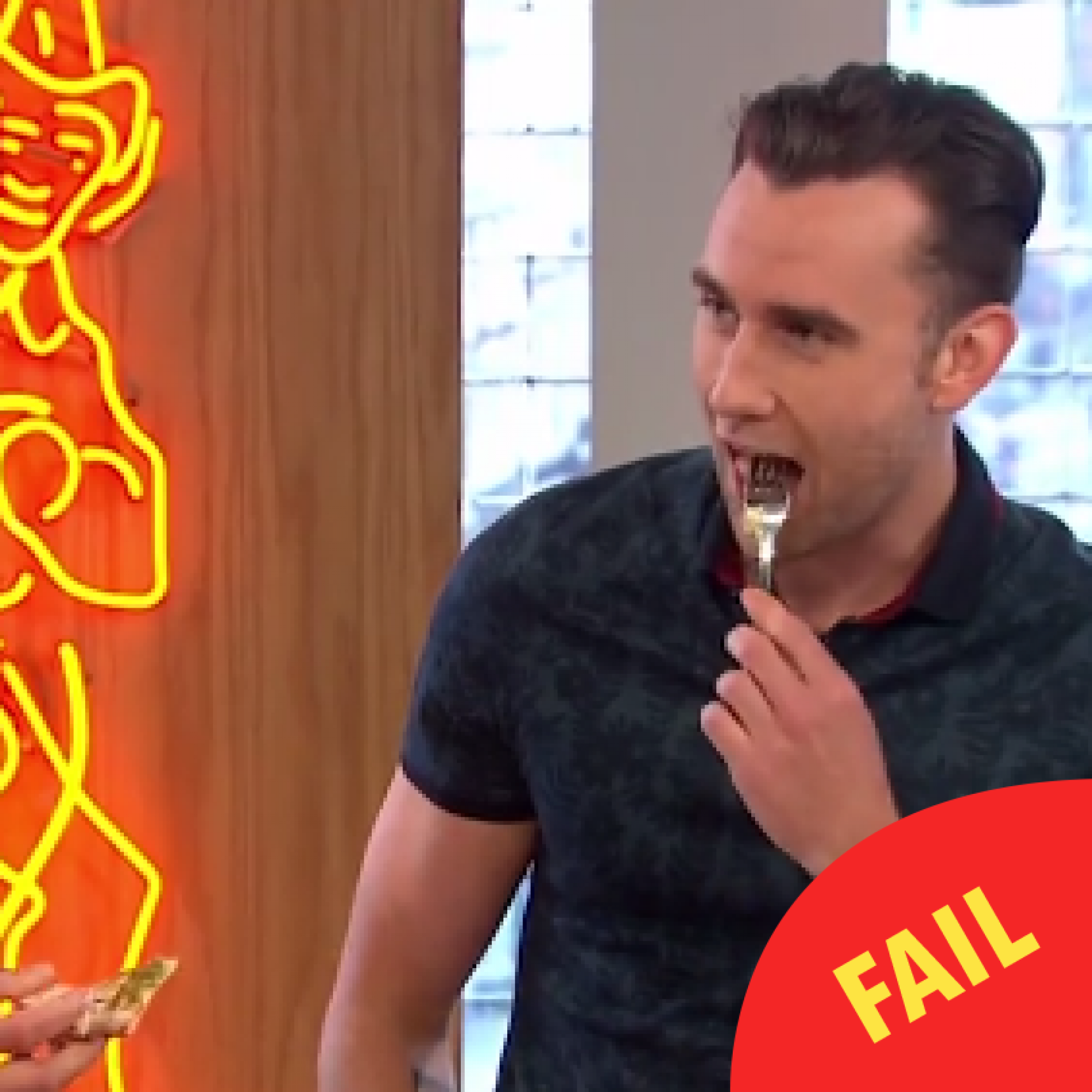 Matthew Lewis ate a pizza with a knife and fork on Sunday Brunch and people are disgusted