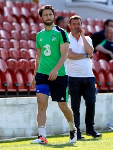 Arter leaves Ireland camp and likely to be ruled out of Euro 2016