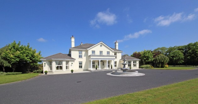A Scarlett O'Hara-esque home in Kildare is up for grabs