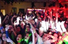20 things that happened at every Irish teenage disco
