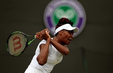 Venus Williams makes herself the oldest 1/4 finalist in 22 years, Federer equals Navratilova record