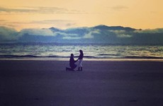 A Kerry girl is looking to track down the couple in this gorgeous Banna Beach proposal photo