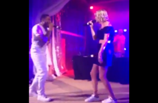 Taylor Swift sang Dilemma with Nelly and her dancing was excruciating... It's The Dredge