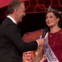 The Chicago Rose has just been crowned the Rose of Tralee