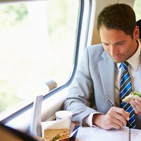 The average commuter adds 800 calories a week to their diet, a new report has found
