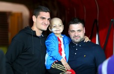 Everton give £200k to help young Sunderland fan pay for cancer treatment