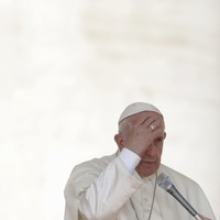 Pope Francis condemns gossipy journalism as a form of terrorism