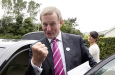 Enda Kenny announces 100% fibre-optic broadband for his hometown