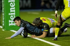 Glasgow make big statement in Munster's pool with bonus-point win against Leicester