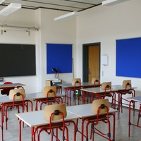 �20,000 damages for young girl who was locked in classroom for 25 minutes