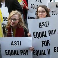 46% of Irish people support the teacher strikes