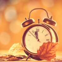 Calls for daylight saving time to be scrapped as clocks set to be turned back this weekend
