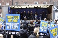 SIPTU threatens to ballot all 60,000 members unless Government sits down for pay talks