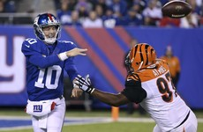 Manning throws three touchdown passes as gambling Giants beat Bengals