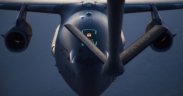 Here's how fighter jets refuel while bombing ISIS