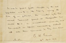 The government is being strongly criticised for not buying Padraig Pearse's 1916 surrender letter