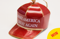 People are taking the absolute piss out of this Trump Christmas ornament on Amazon