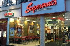 12 priceless tourist reviews of Supermacs