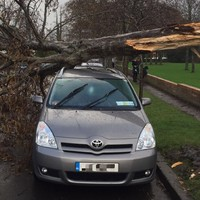 Careful out there: Motorists urged to watch out for flying debris in high winds