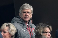 Wenger clears up Arsenal future talk after Wright comments