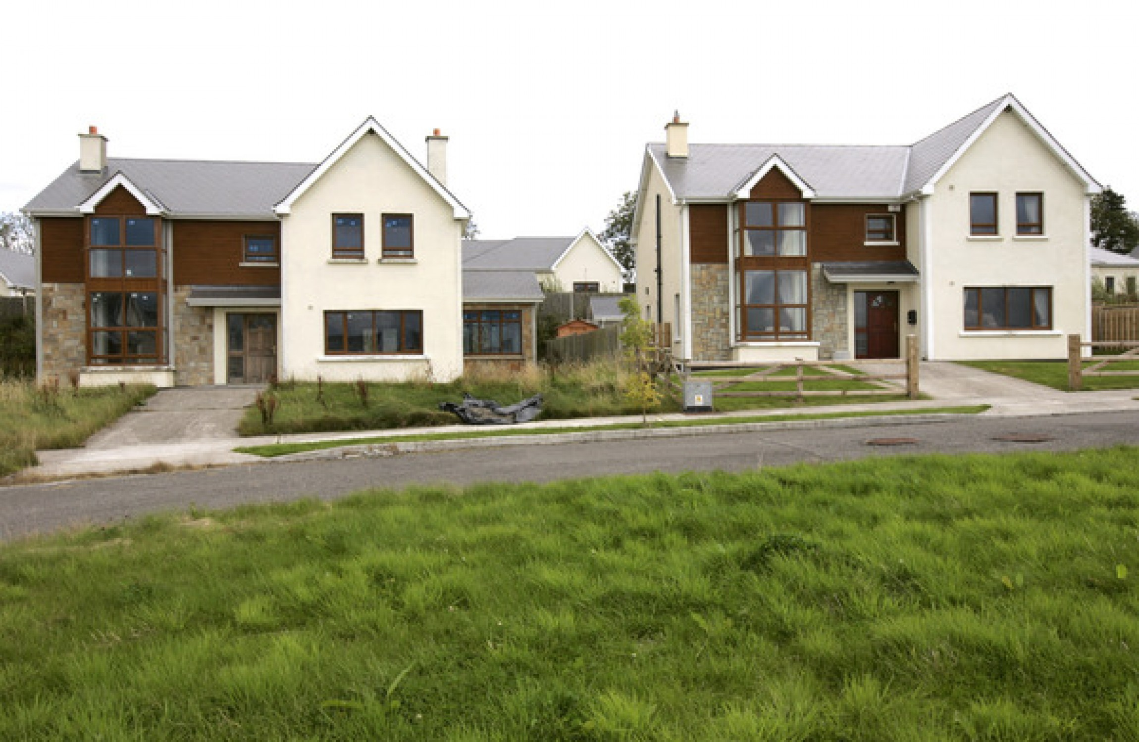 198 000 empty homes in ireland uk officers turn them