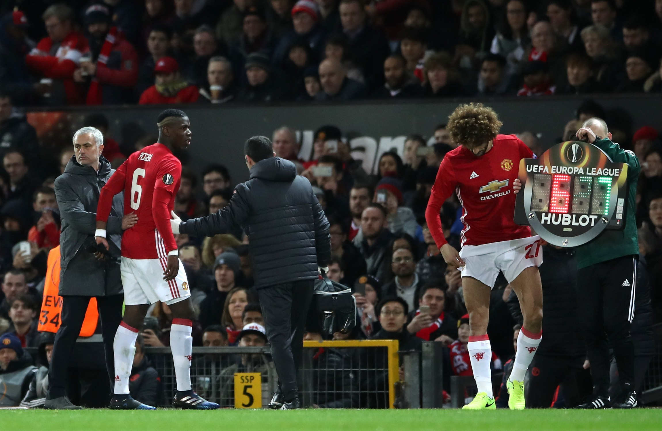 United handed another major injury blow ahead of Liverpool clash