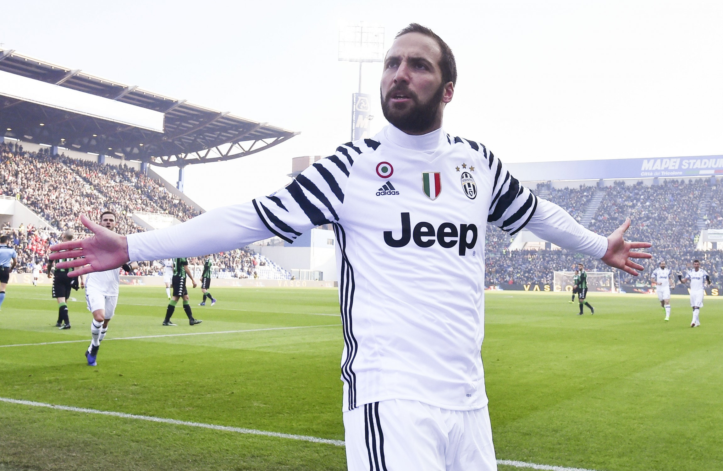 Gonzalo Higuain to Napoli owner It s your fault · The42