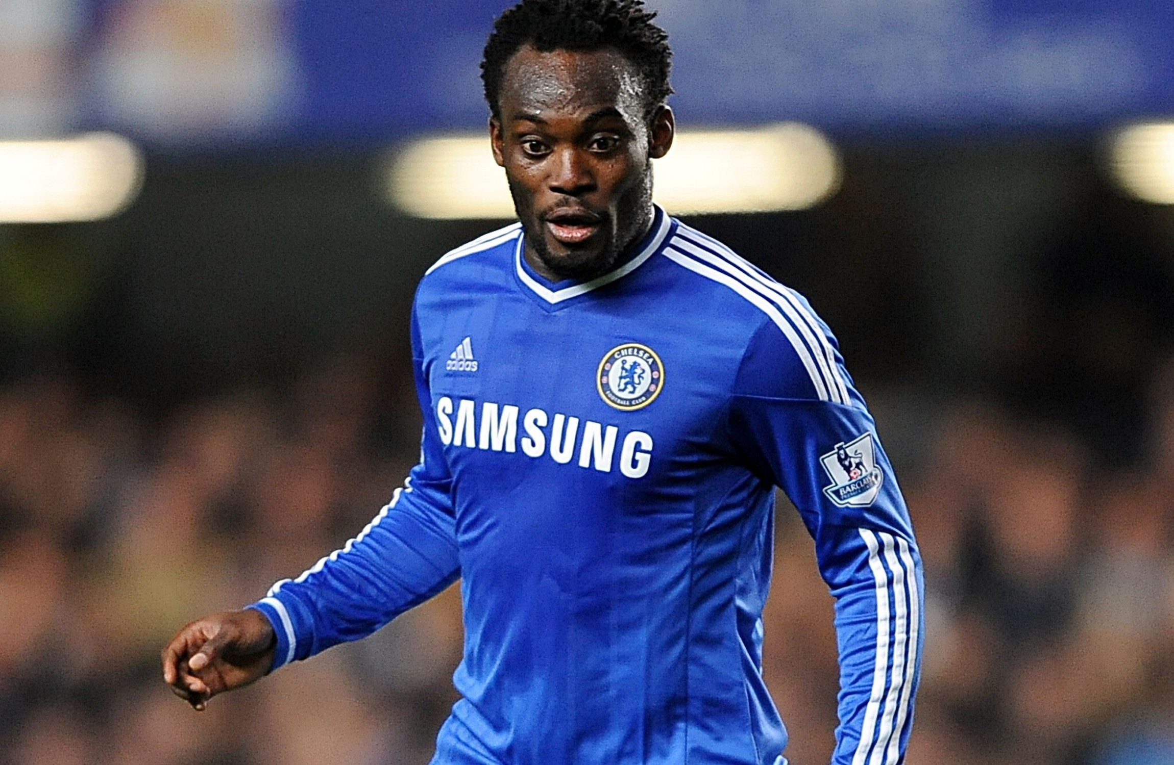 Ex Chelsea duo Essien and Cole caught without work permits after