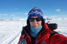 British woman sets Antarctic crossing record