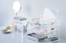 8 makeup organisers under €20 you get get right here in Ireland