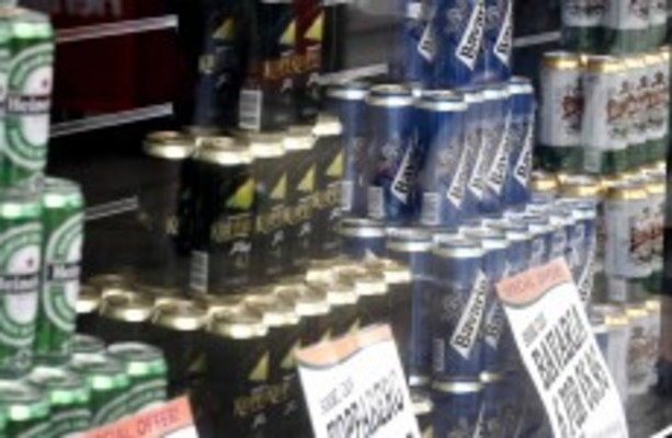 research paper on alcohol ads Topics for a research paper on alcoholism social advertising should advertising of alcohol be as a source for additional ideas and research on the.