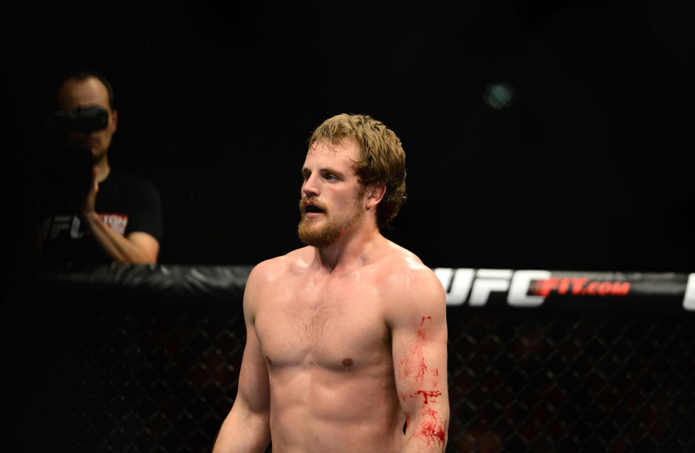 Gunnar Nelson-Santiago Ponzinibbio Tabbed as UFC Fight Night 113 Main Event