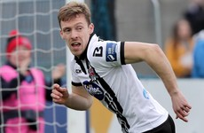 Dundalk capitalise on early Limerick red card to move back into second