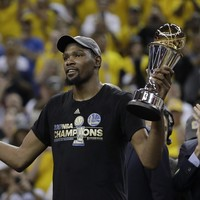 Durant drops 39 to secure NBA title with the Warriors