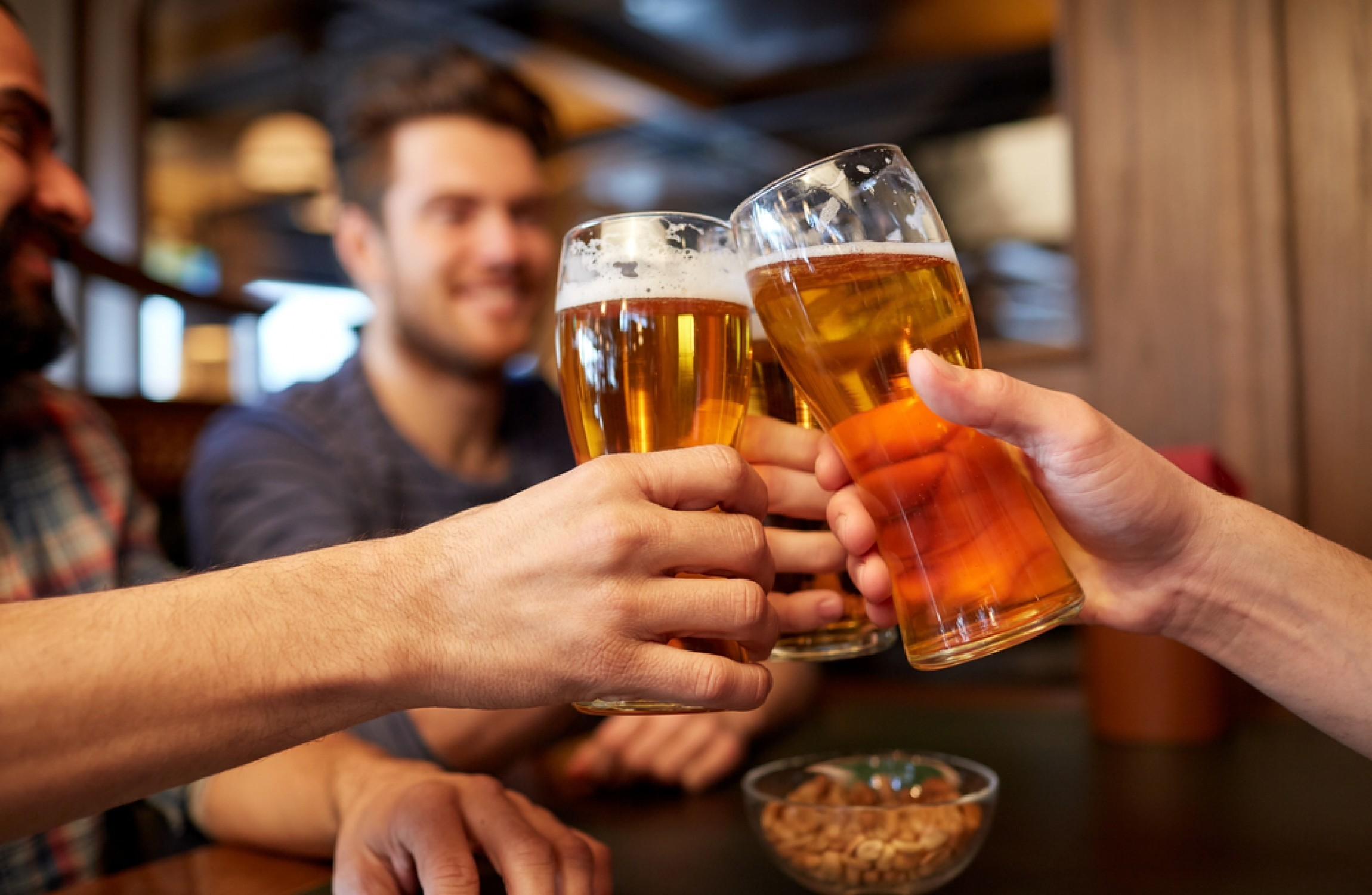 alcohol advertisements should be banned Two thirds of australians say alcohol ads should be banned from sport, according to research from the salvation army reported by the drum last week tim lindsay, ceo of d&ad, sees things.