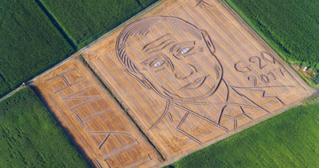 An Italian farmer has turned his field into a giant Putin portrait ahead of the G20